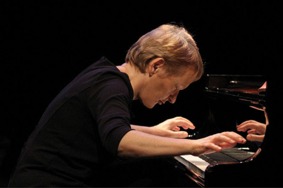 Claudia Ulla Binder (Klavier)